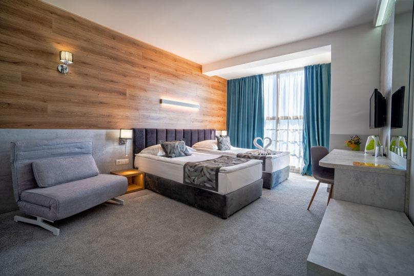Стая с изглед към морето